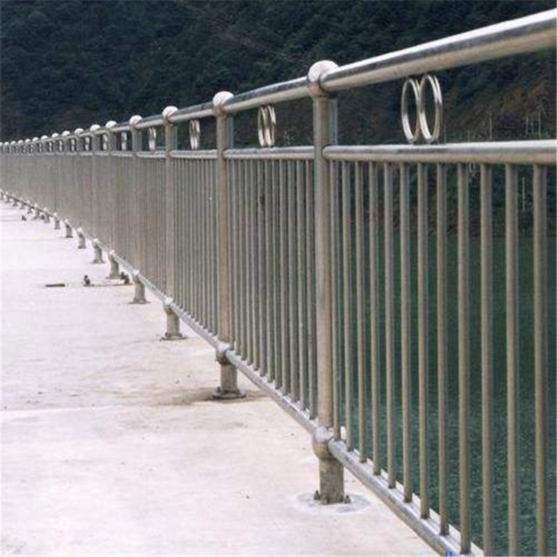 永州63*3.5碳素钢不锈钢复合管栏杆厂家直供