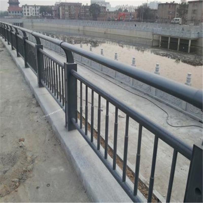 益阳63*3碳素钢不锈钢复合管栏杆交货更快