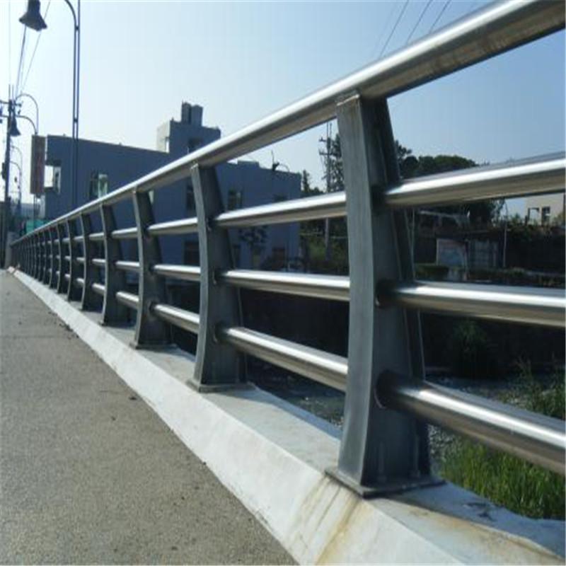 黄冈38*2桥梁护栏定制加工