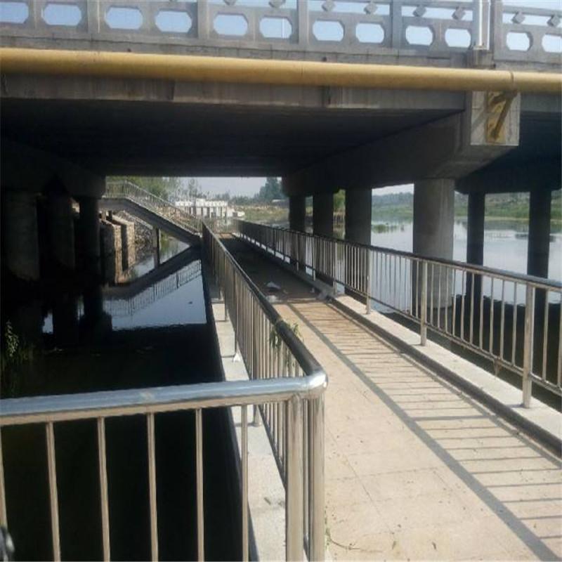湖南63*2304不锈钢复合管桥梁护栏加工厂